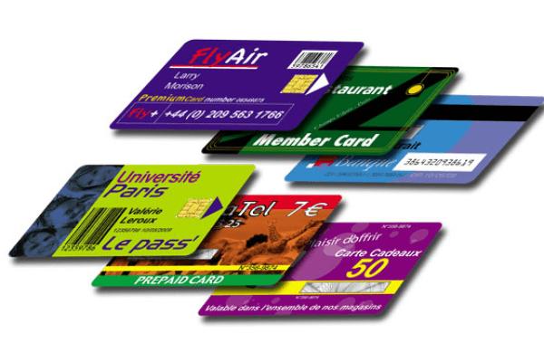 آغاز حذف کارتهای بانکی/ پرداختهای بانکی با تلفن همراه